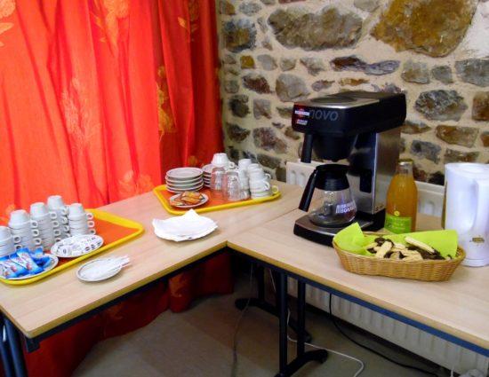 café d'accueil salle Fontaine de Jouvence