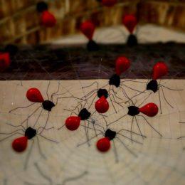 araignées installation Marc Georgeault sculpture